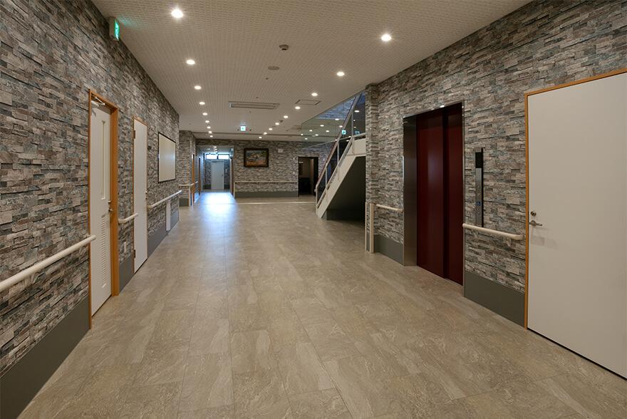 八媛苑 廊下